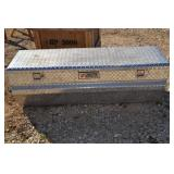 TRACTOR SUPPLY ALUMINUM DIAMOND PLATE IN BED TOOL