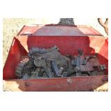METAL BOX WITH CHAIN CLAMPS