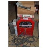LINCOLN ELECTRIC WELDER WITH RODS