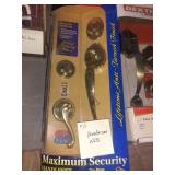 Maximum Security Handleset, Nib
