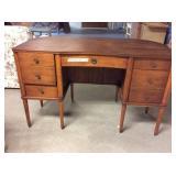 Knee Hole Desk With Wear, 49x24x30
