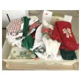 Linens, Holiday Towels