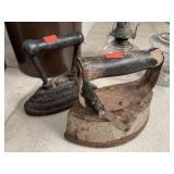 2 Vintage Irons