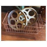 Wire basket, two steel pulleys