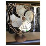 """Vintage Spartan 12"""" Fan"""