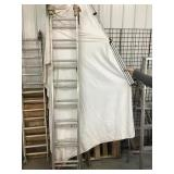 Werner 16 foot extension ladder, aluminum