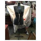 Sally Stitch Push Button Dress Form