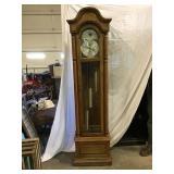 Ridgeway grandfather clock with pendulum and