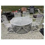 Metal Patio table and four chairs