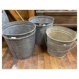 2 Sap Buckets 11 Inch And Pail