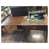 Singer Sewing Machine Model 15 And Table Top Has