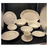 Pfalitzgeaff Dish Set