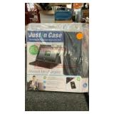Rechargeable Power case design for I pad