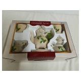 New 7 piece stoneware tea set