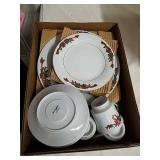 16 piece porcelain poinsettia and ribbons holiday
