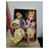 4 Disney princess dolls