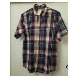 New haggar clothing size small button up short