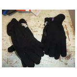 HOTPAWS & OUTBOUND GLOVES