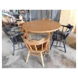 Round table w/5 chairs