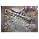 sockets - s-k, screws