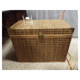 Woven Surface Trunk, Lid lifts