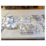 Character Cake Pans (10)