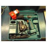 Makita cordless drill, 2 batteries
