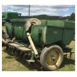 John Deere 416 potato planter