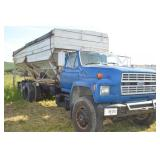 1985 Ford FT8000 with Webster bodies