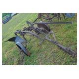 John Deere 593 plow