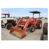 Kubota L4300 4x4 Tractor w/ Front End Loader