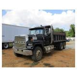 *OFFSITE 1986 Ford LTL 9000 T/A Dump Truck