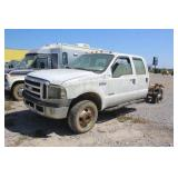 2006 Ford F-350 XLT 4x4 Crew Cab Cab Chassis Truck
