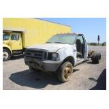 1999 Ford F-450 Cab Chassis Truck