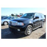 2006 Lincoln Navigator Sedan
