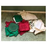 Lot of Holiday Linens, Napkins, etc...