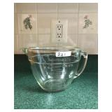 HUGE 8 Cup glass Measuring Cup