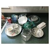 Lot Kitchen Misc. including Teapot, Pfaltzgraff,