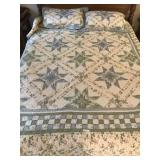 Quilted Comforter with Matching Pillows