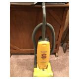 Eureka Maxima Upright Vacuum