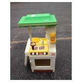 Vintage little tikes Party Kitchen