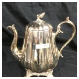 Vintage Reed & Barton silver plated tea kettle