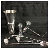 Stainless steel cocktail maker set