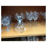 Decanter & wine glasses