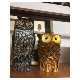 Home Decor - Pair of owl figurines