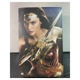 Wonder Woman (Deluxe Version) 1/6 Figure by Hot