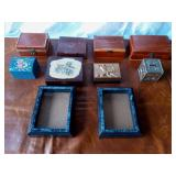 Lot of Vintage wooden jewelry box