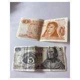 Lot of international money, Argentina, Mexico