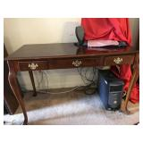 SLEEK COLONIAL 3 DRAWER DESK