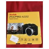 Kodak PixPro AZ252 Camera and Box